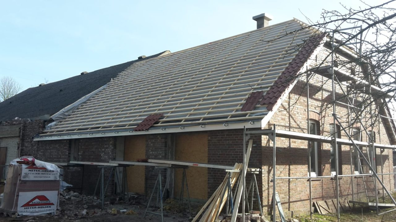 Haus während des Sanierens